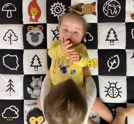 Baby Steps Mata kontrastowa Dzieciaki Cudaki