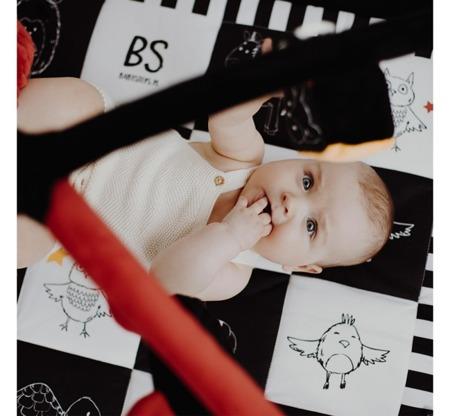 Baby Steps Mata kontrastowa z pałąkami