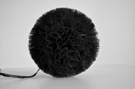 Pompon tiulowy Czarny 20 cm, handmade