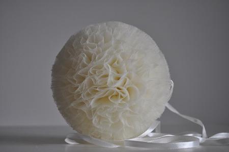 Pompon tiulowy Kremowy 30 cm, handmade