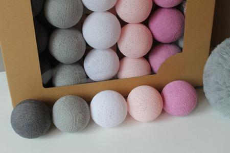 Świecące kule COTTON BALL zestaw Velvet Touch 10 sztuk