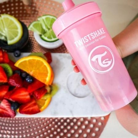Twistshake Kubek niekapek z mikserem do owoców 360ml pastelowy różowy